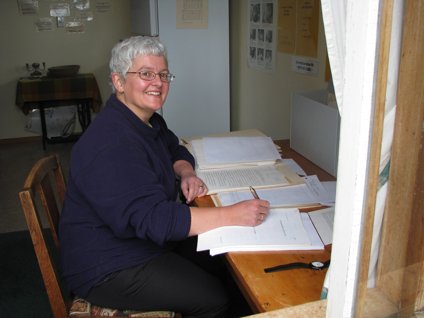 Kate Spenceley examines manuscripts at WWAT in preparation for her 2008 International Congress of Midwives Conference presentation